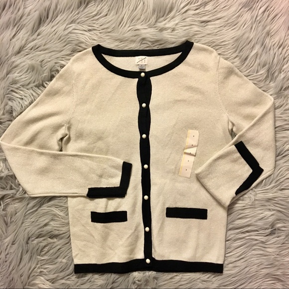 Women/'s Embellished Pearl Button Cardigan A New Day Cream Size XXL NEW